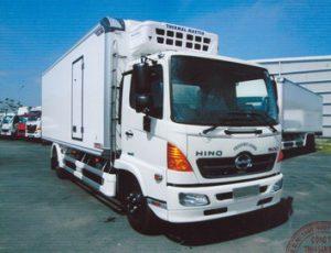 Xe tải hino đông lạnh 6 tấn